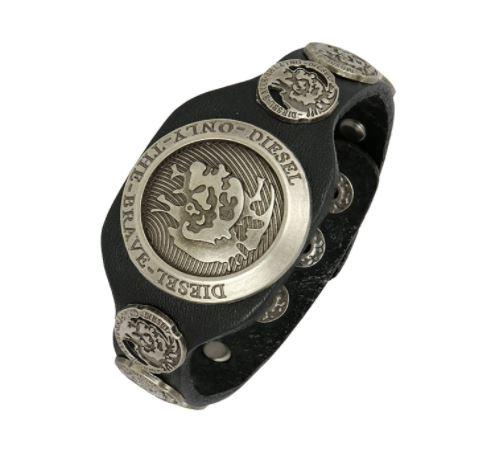 leather bracelet for bikers